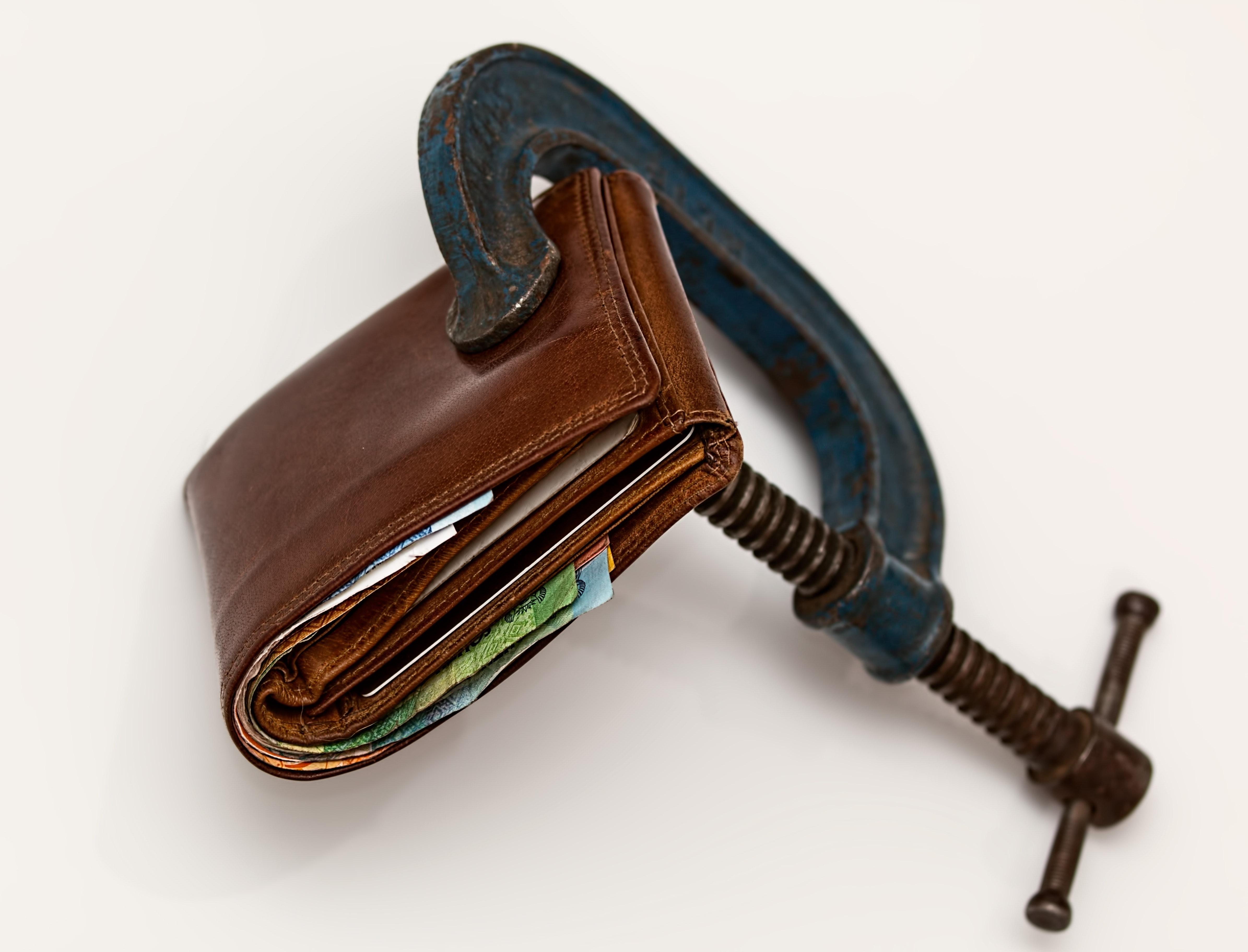 Wallet c-clamped shut
