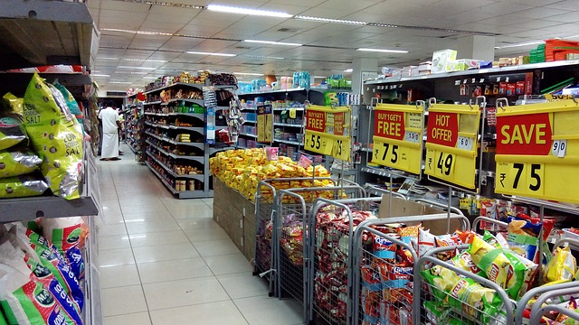 How to buy groceries - grocery aisle